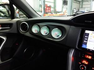東京都羽村市Rmc ZN6 86 GT LTD Defi 追加メーター取付作業のサムネイル画像