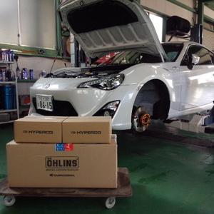 デモカー ZN6 86 Rmcオリジナルハイパコ仕様 OHLINS DFV 車高調 コンプリートキット取付
