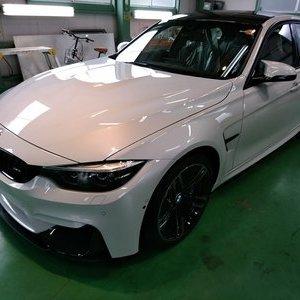 Rmc NEWデモカー BMW F80 M3 LCIモデル フロントガラス専用G'ZOXハイパービュー撥水コーティング施工