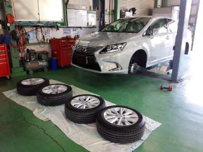 東京都福生市K様 新車 レクサス HS G&#39ZOXホイールコーティング施工作業