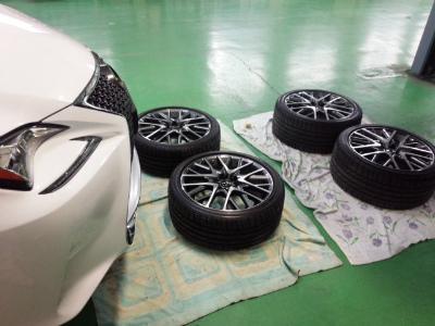 東京都福生市K様 新車 レクサス RC G&#39ZOX ホイールコーティング施工作業