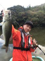 秋の亀山湖バス釣り🎣KIKU-GUIDESERVICEで秋の気難しい亀山湖バスを夫婦で攻略‼️