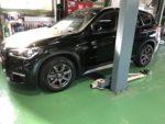 青梅市Y様BMWF48X1Xdrive18dXLINEスタッドレスタイヤ履き替え作業‼️