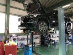 青梅市Y様BMWF48X1Xdrive18dXLINEエンジンオイル交換作業‼️