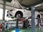 BMWF87M2クーペ車検整備作業‼️エンジンオイル交換 ブレーキフルード交換 弊社販売車🚗BMWF87M2クーペ武蔵村山市K様