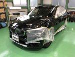BMWF48X1Xdrive18dXLINE鈑金修理後G'ZOXリアルガラスコート部分施工作業❗️青梅市Y様BMWF48X1Xdrive18d XLINE