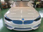 BMWF82M4 Hi-MOHS COAT THE NEOハイエンドガラスコーティング施工作業❗️デモカーBMWF82M4COMPETITIONアルピン3