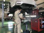 BMW F82M4 6MT アクラポビッチマフラー取付作業❗️AKRAPOVICチタンマフラー取付