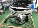 BMW F82M4 6MT FTPチャージパイプ取付❗️羽村市RMC BMW F82M4 6MT
