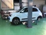 RenaultTwingoリヤタイヤ交換作業❗️BRIDGESTONEPlayzPX2185/60R15にて交換しました。青梅市N様RenaultTwingo