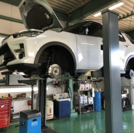 弊社販売車🚙A210A RAIZE 4WD法定12ヵ月点検整備作業エンジンオイル交換他点検整備❕奥多摩町W様A210ARAIZE4WD
