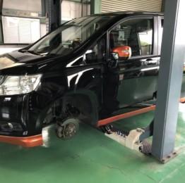 ステップW タイヤ交換作業❗️オートウェイより、 NANKANG NS2 215/45R17にて新品4本交換しました。弊社にてタイヤも購入して頂きました。八王子市K様ステップW