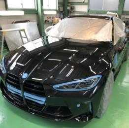 BMWG82M4サファイヤブラックHi MOHS COAT THE NEOハイエンド超膜厚超撥水ガラスコーティング施行