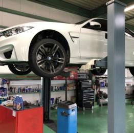 BMWF82M4 6MTのミッションオイル交換作業❗️OMEGA690 75W80 ¥6450-/1Lにてミッションオイル交換しました。茨城県N様BMWF82M4
