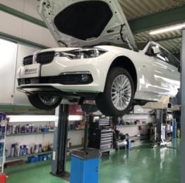 BMWF31320dツーリングLuxury車検整備作業❗️昭島市U様BMWF31320dツーリングLuxury