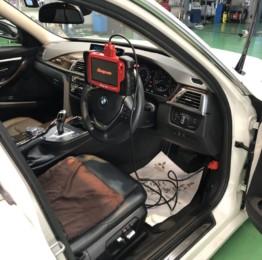 BMWF31320dツーリング snap-onMTG5000にてデイライトコーディング❕
